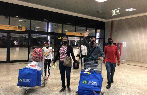 thumbnail de Migrantes e refugiados venezuelanos são recebidos em Guapirama para trabalharem no ramo da construção