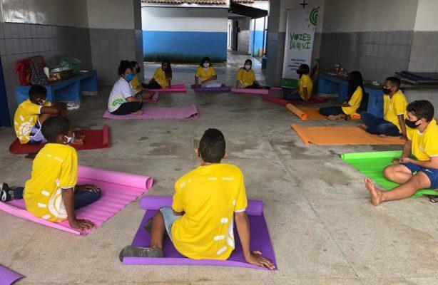 thumbnail de Estudantes participam de oficina recreativa em Pernambuco