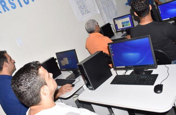 thumbnail de APAC Ji-Paraná inaugura laboratório de informática