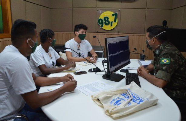 thumbnail de Refugiados e migrantes da Venezuela recebem capacitação em centro de comunicação do Exército